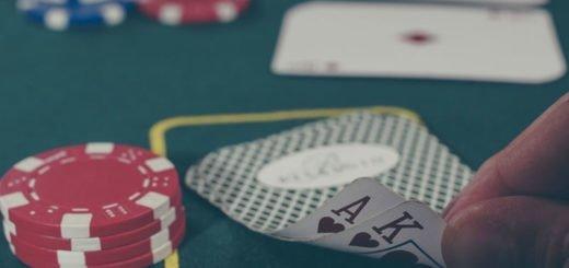Derfor trekker kjendiser mot casinospill